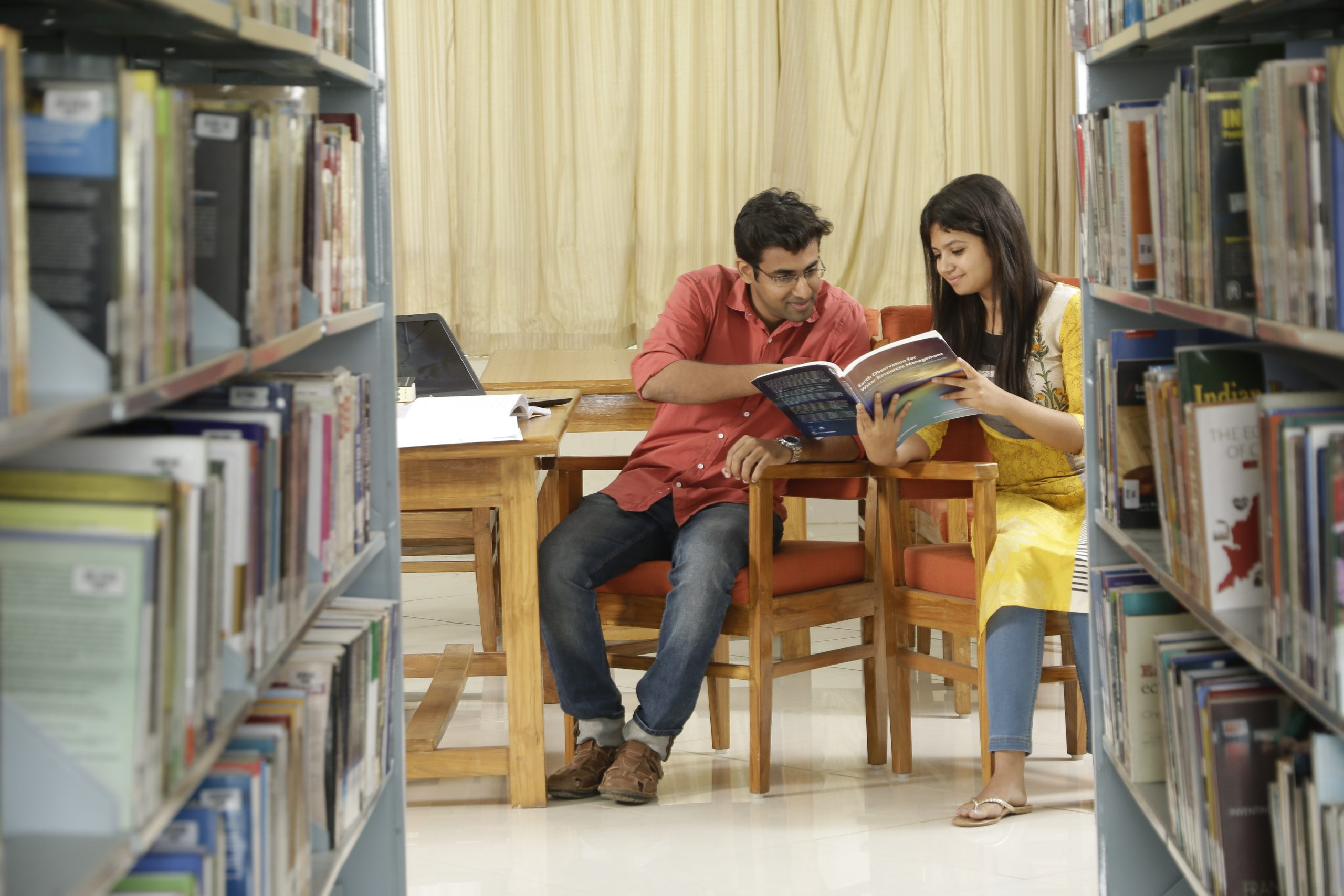 student-in-library-3